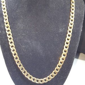 Jewelry - Vintage gold colored necklace